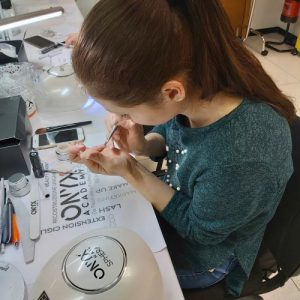 corso-nails-art-lezione
