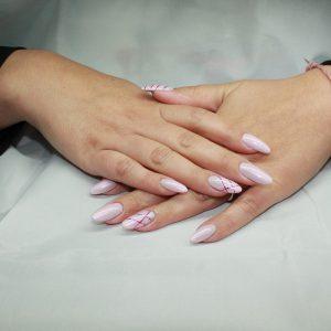 ricostruzione unghie gel rosa